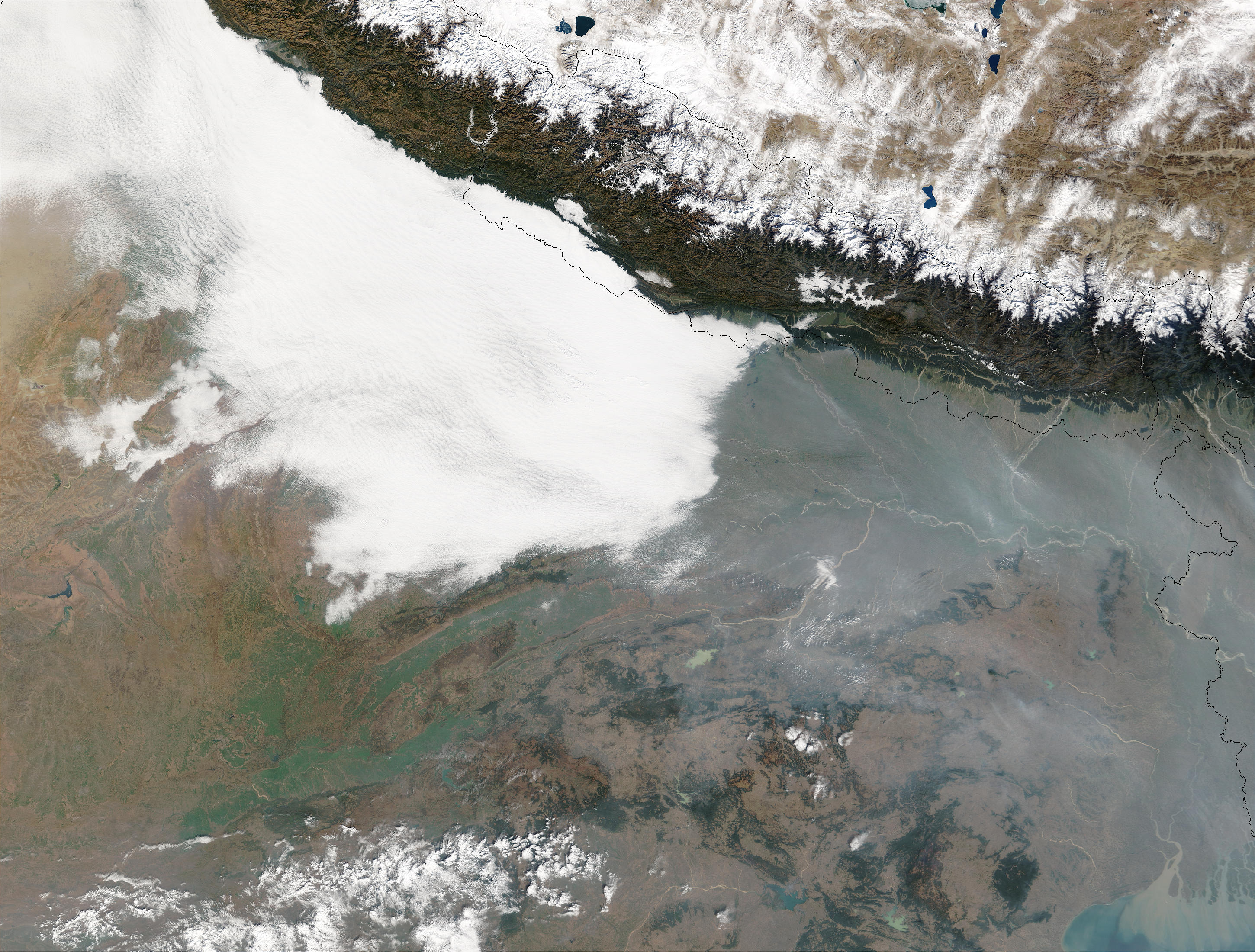 Haze and smog in Northern India - related image preview