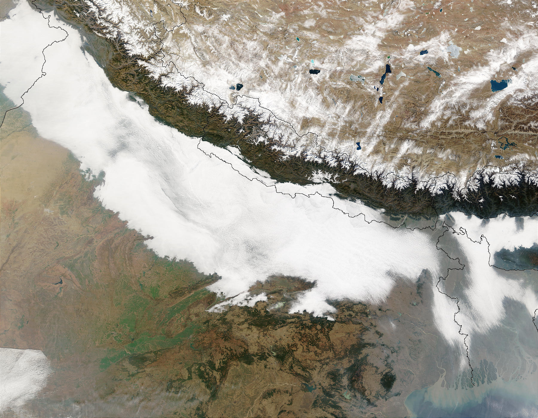 Haze and smog in Northern India and Bangladesh - related image preview