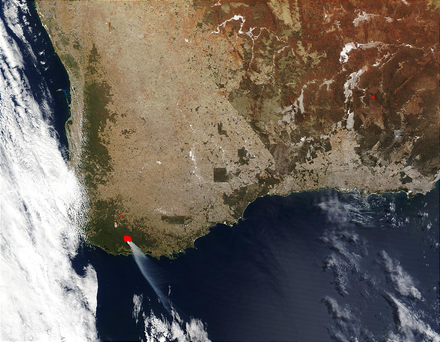 Wildfire in Southwest Australia - related image preview