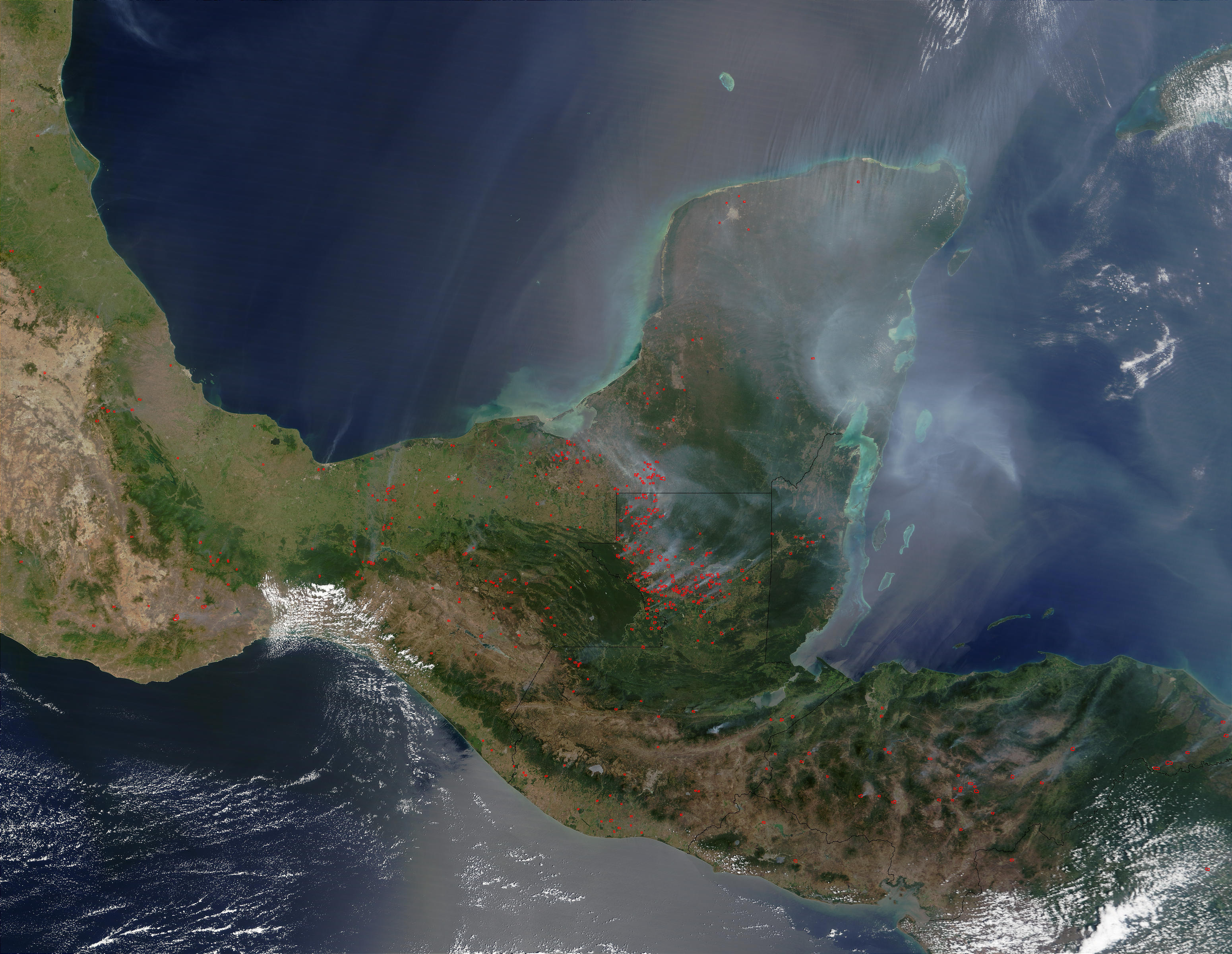 Fires and smoke in Yucatan Peninsula - related image preview