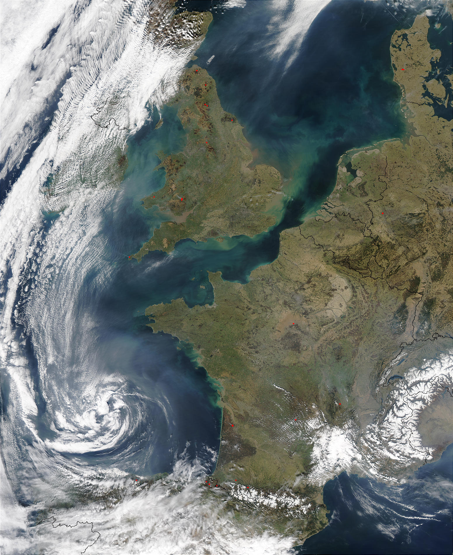 Pollution and smoke off France and United Kingdom - related image preview
