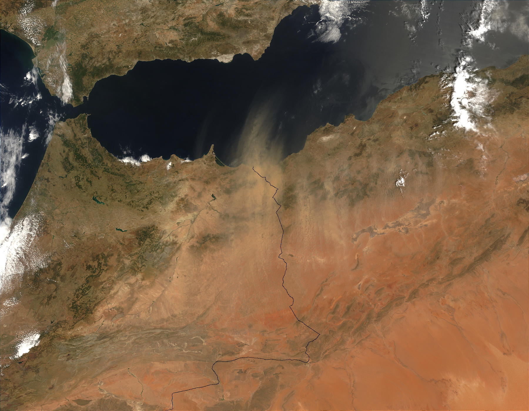 Dust storm over Morocco and Algeria - related image preview