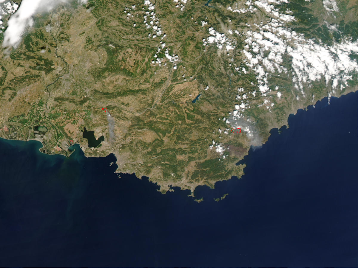 Fires in Southeast France - related image preview