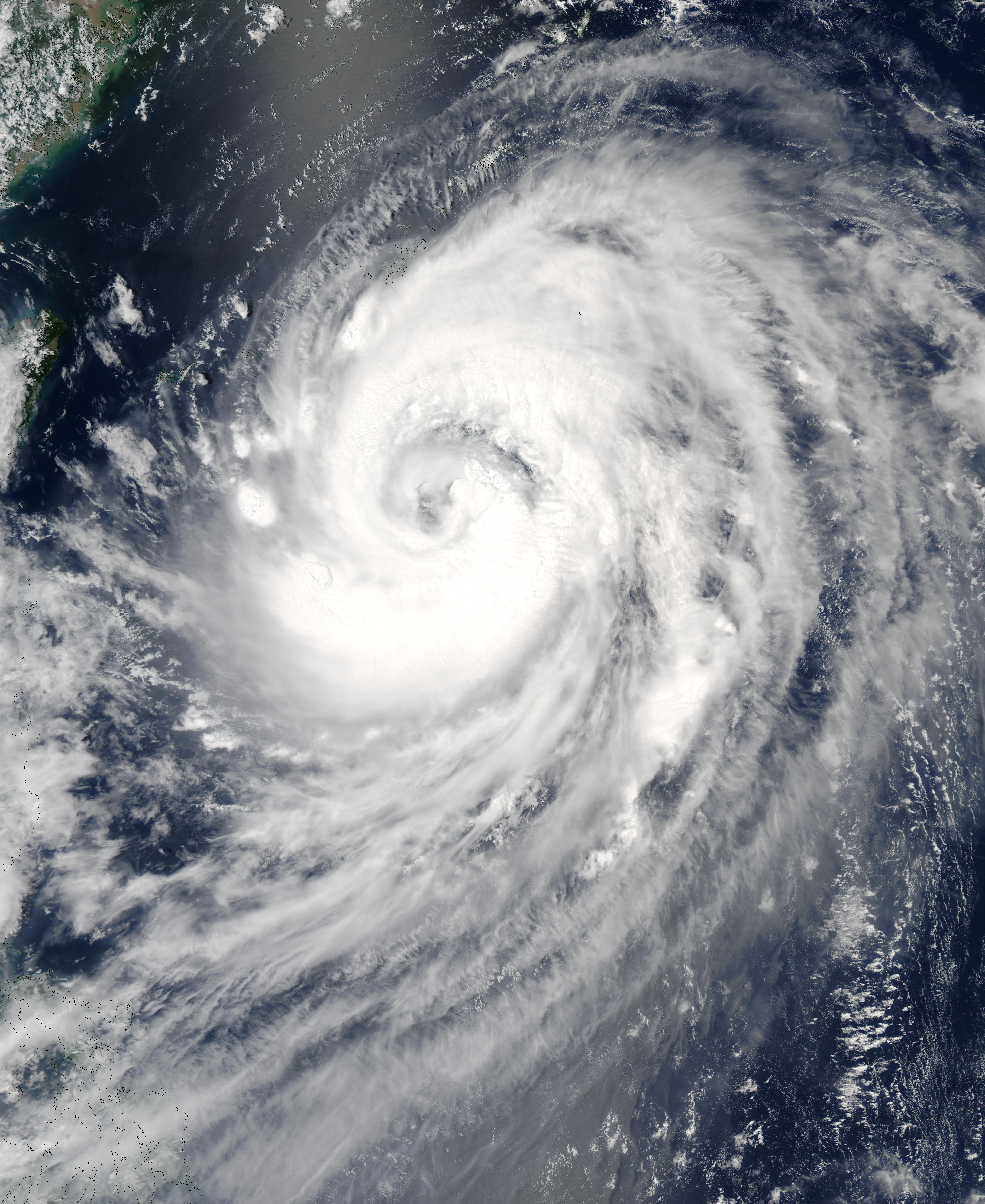 Typhoon Etau (11W) approaching Japan - related image preview