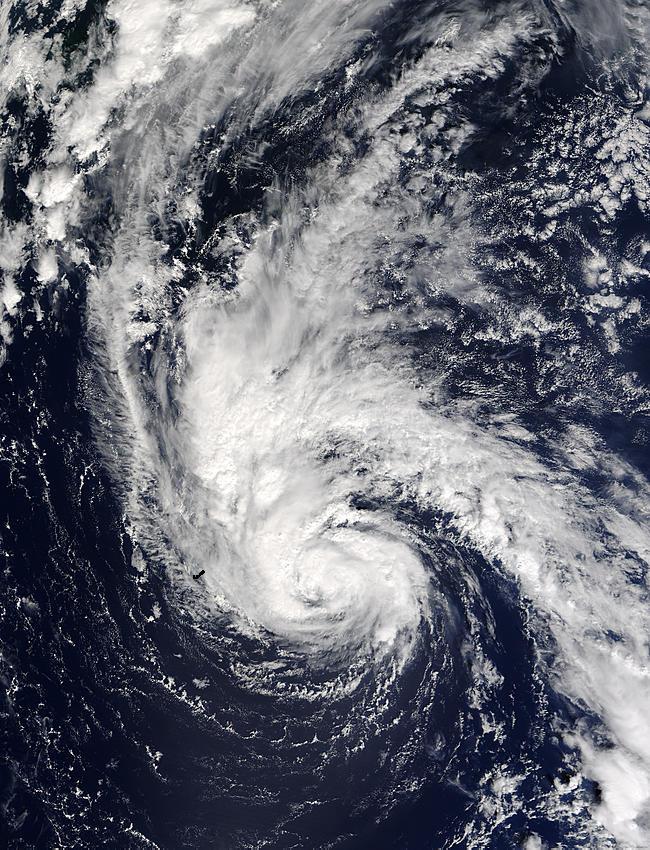 Hurricane Juan east of Bermuda - related image preview