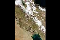 Snow in Iran, floods in Iraq