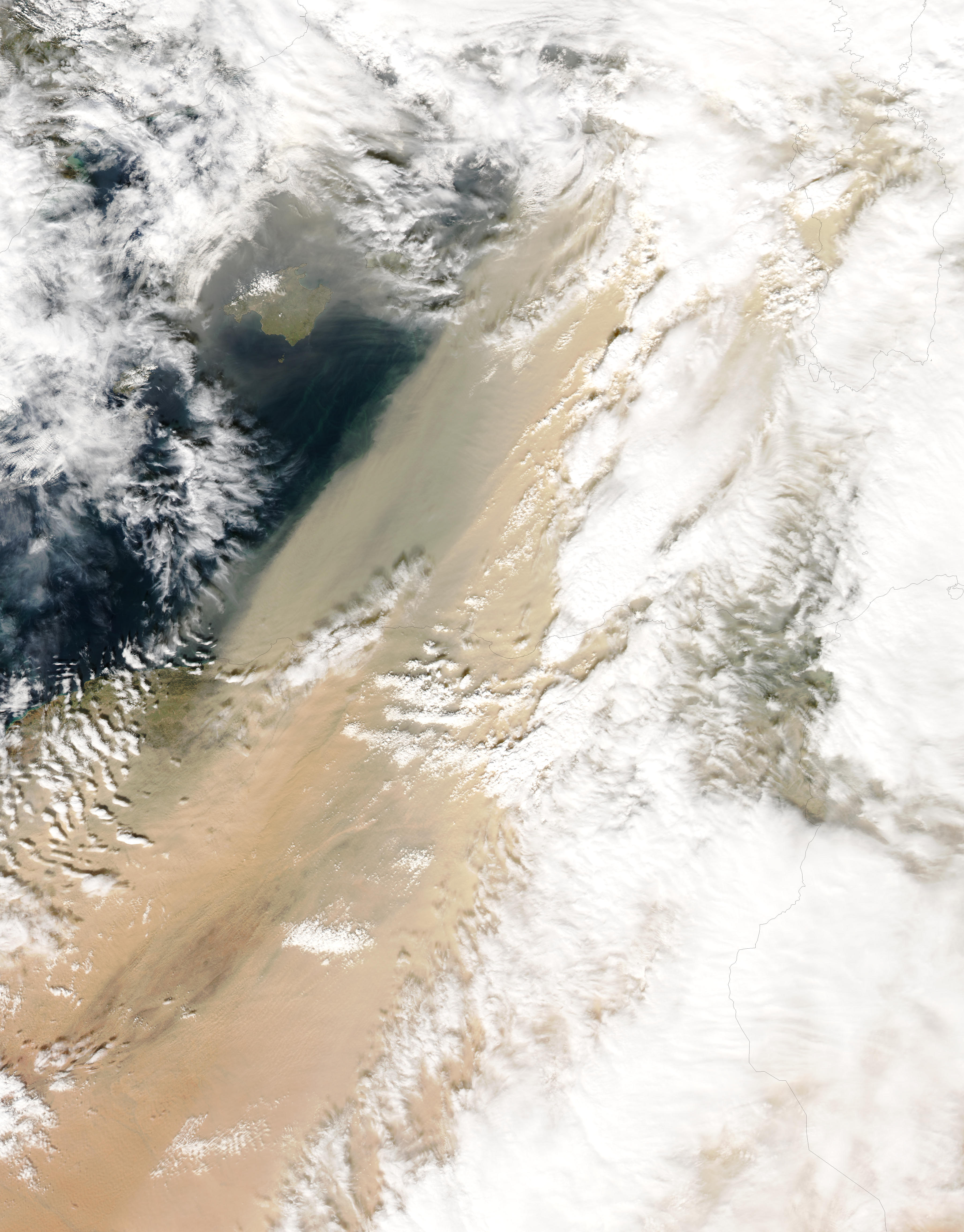 Dust storm in Algeria - related image preview