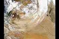 Dust storm in Jordan, oil fire in Iraq