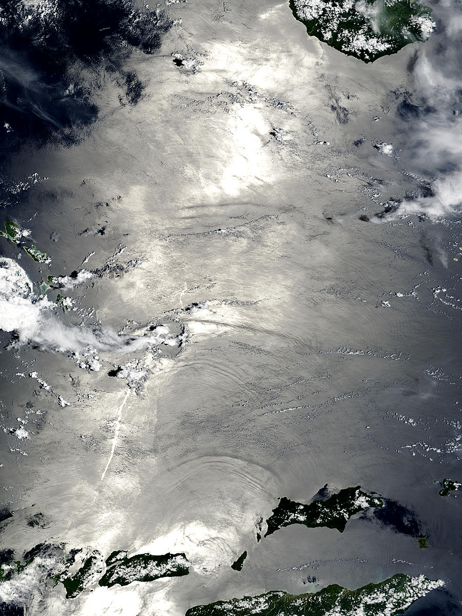 Internal waves in the Banda Sea, Indonesia - related image preview