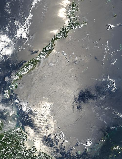 Internal waves in the Sulu Sea, between Malaysia and the Philippines - related image preview