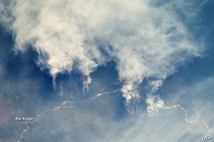 Fires along the Rio Xingu, Brazil