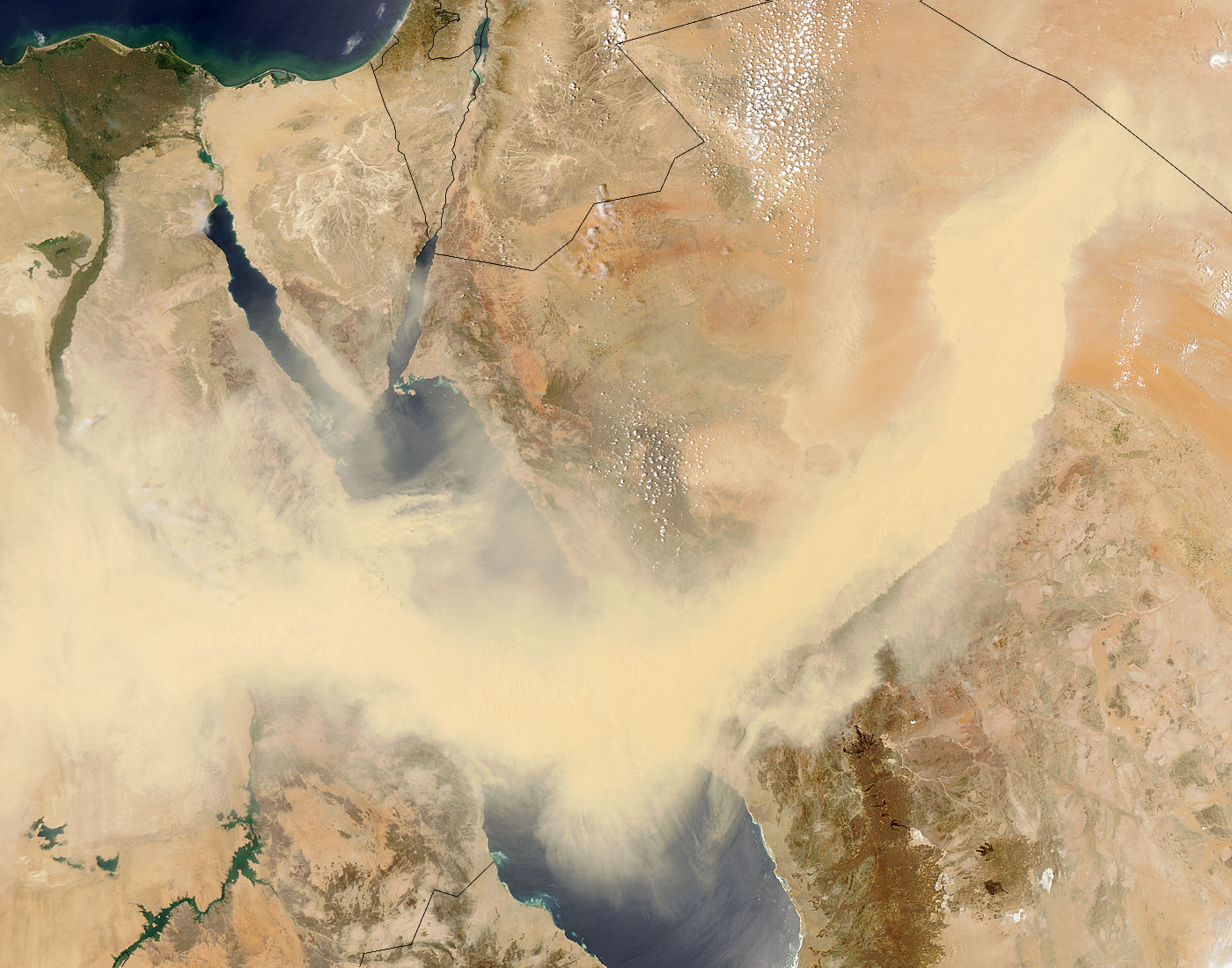 Dust Storm across the Red Sea - related image preview