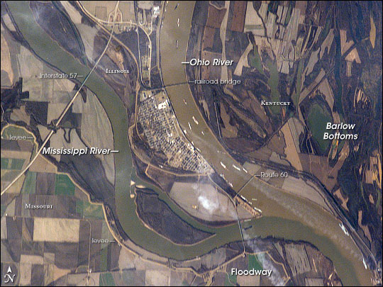 Confluence of Ohio and Mississippi Rivers at Cairo, IL - related image preview