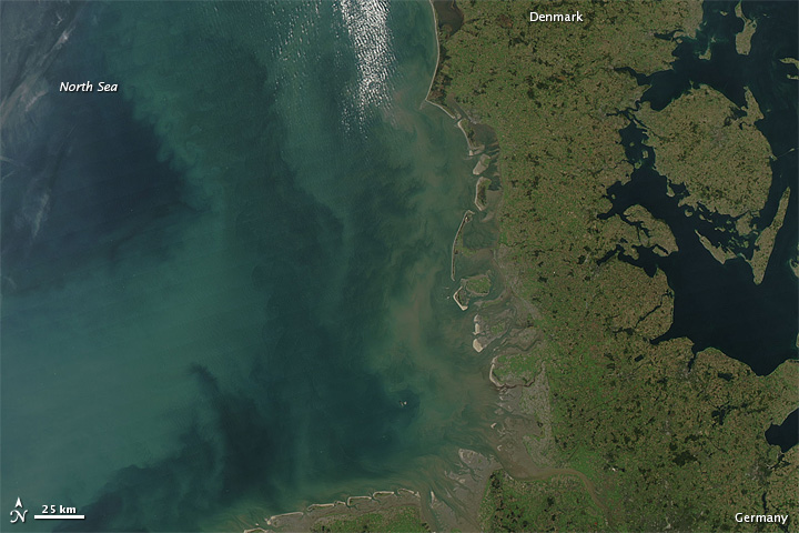 Shades of Green in the North Sea