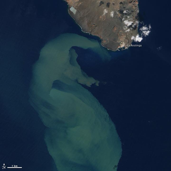 El Hierro Still Churning the Sea