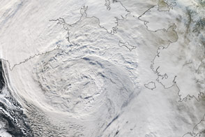 Powerful Storm hits Alaska
