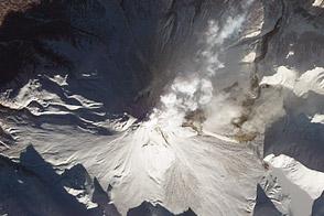 Fire and Ice at Kizimen Volcano