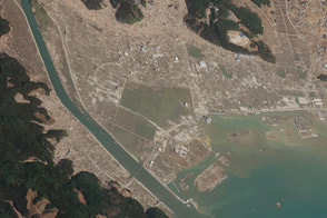 Closeup of Tsunami Damage, Rikuzentakata