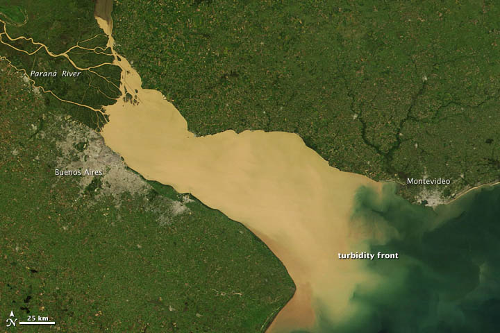Sediment in the Río de La Plata