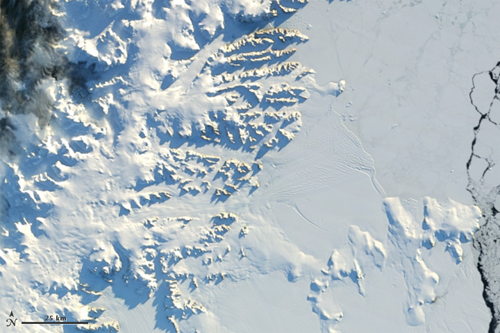 Sunny Skies over the Antarctic Peninsula - related image preview