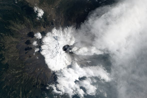 Activity at Popocatépetl