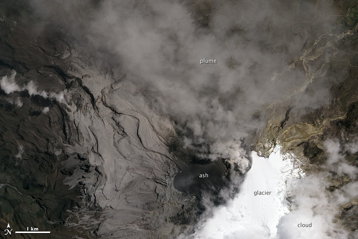 Simmering Eruption of Nevado Del Ruiz