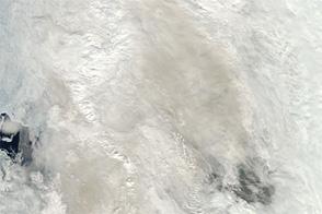 Smoke over Davis Strait