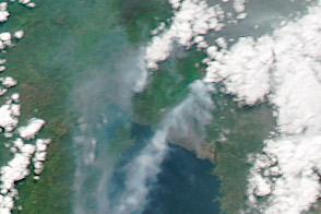 Vigorous Plume from Nyiragongo Volcano
