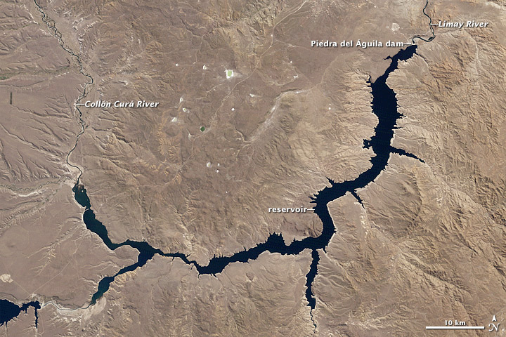 Piedra del Águila Dam Reshapes the Limay River