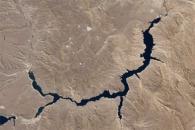 Piedra del Águila Dam Reshapes the Limay River