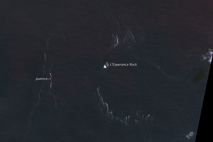 High-resolution view of Havre Seamount Pumice