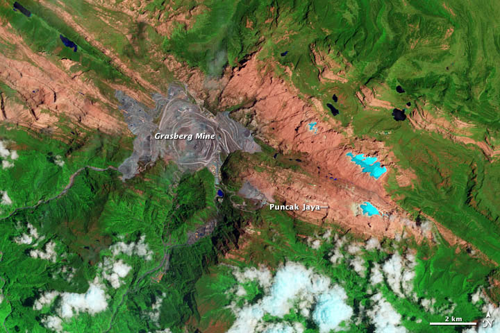 Ice Loss on Puncak Jaya - related image preview