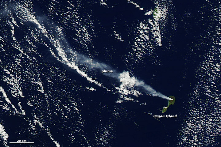 Plume from Mount Pagan