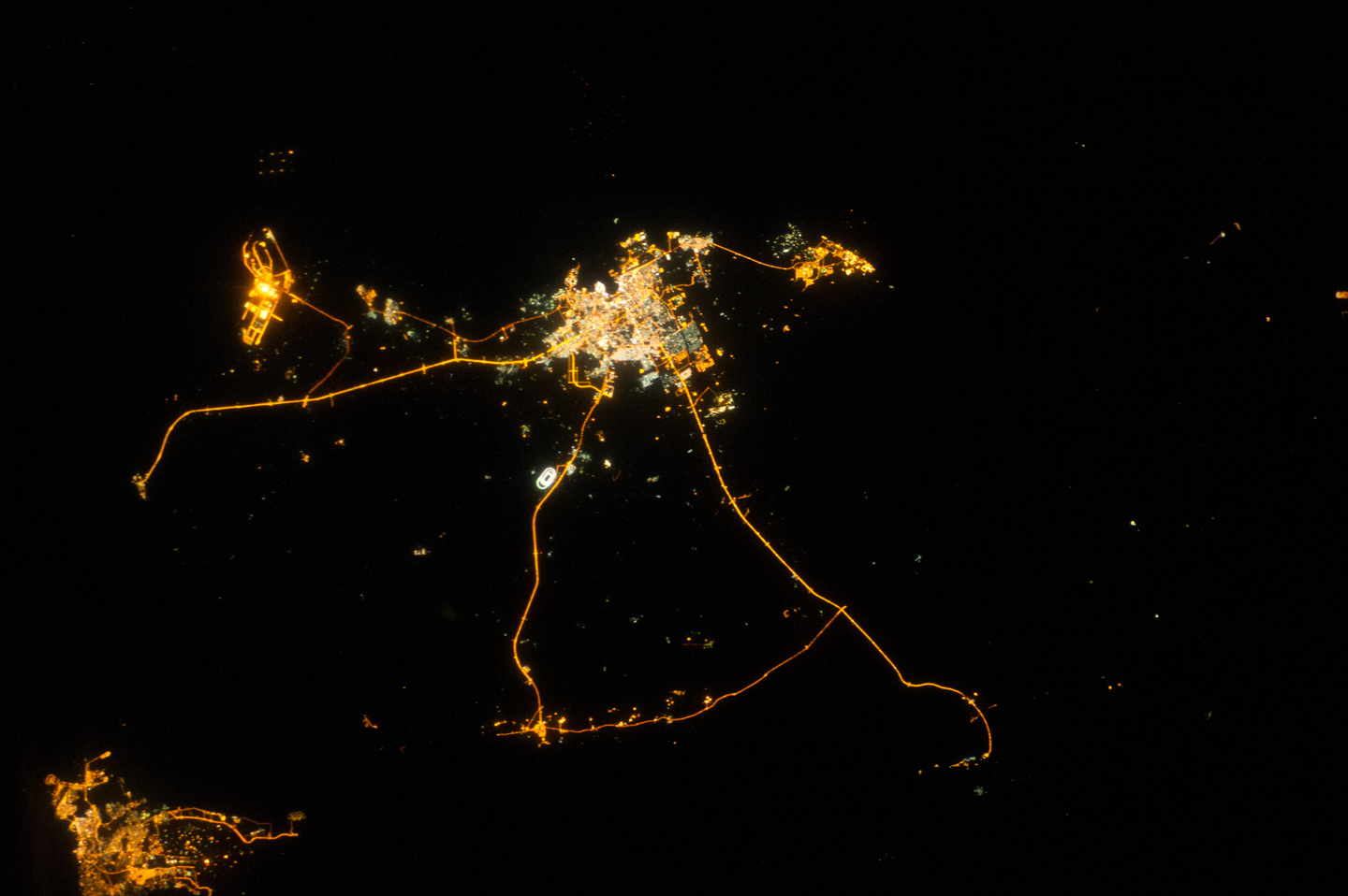 Qatar at Night - related image preview