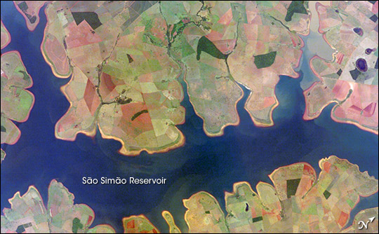 Sao Simao Reservoir, Brazil: 300,000th ISS image of the Earth