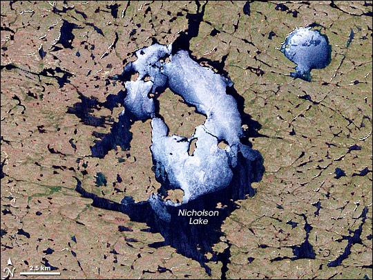 Nicholson Crater, Canada