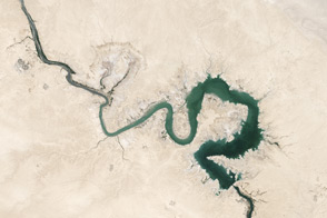 Freshwater Stores Shrank in Tigris-Euphrates Basin - selected image