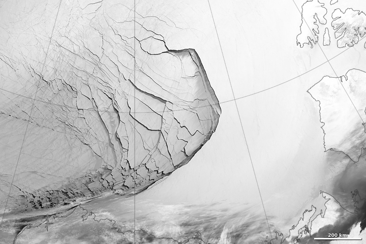 Extensive Ice Fractures in the Beaufort Sea - related image preview