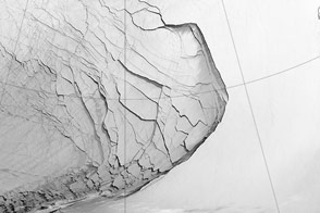 Extensive Ice Fractures in the Beaufort Sea - selected image