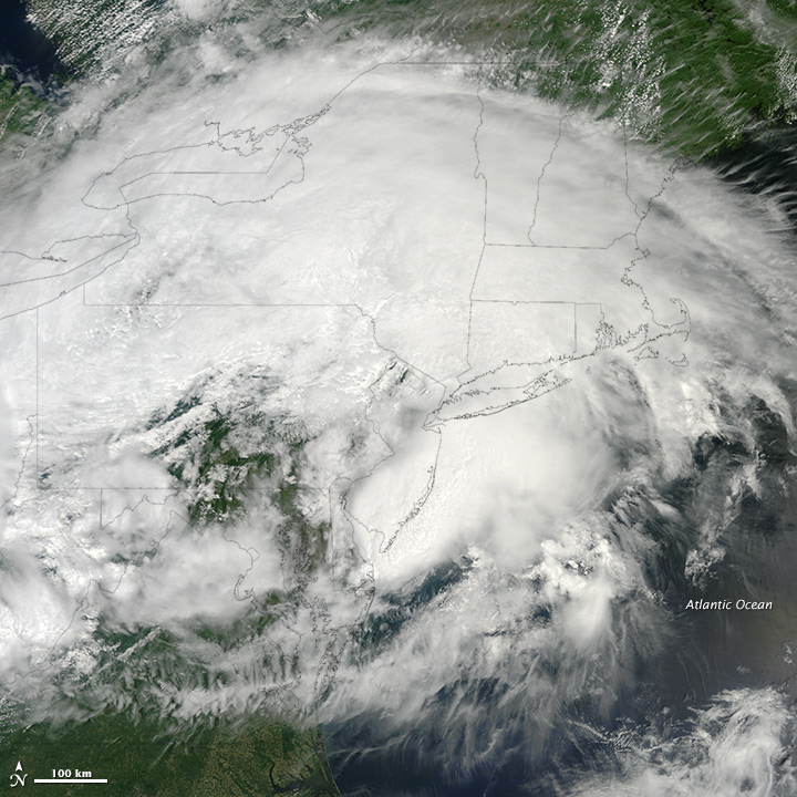 """Low-end"" Derecho Hits Eastern United States"