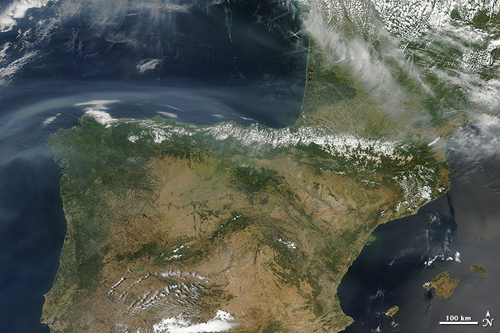 North American Smoke over Spain