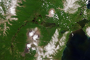 Erupting Kamchatka Volcanoes - selected child image