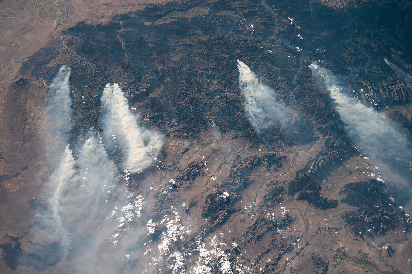 Image from the astronauts aboard the International Space Station, acquired August 18, 2013 -- 50 mm lens. Looking to the west, over Idaho.