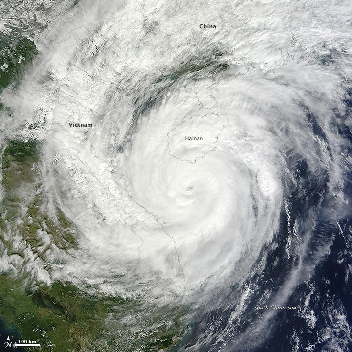Typhoon Haiyan Approaches Vietnam