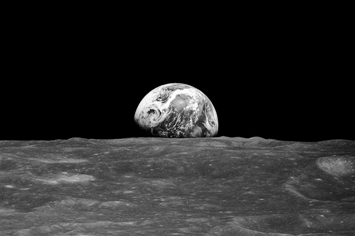 Earthrise Revisited - related image preview