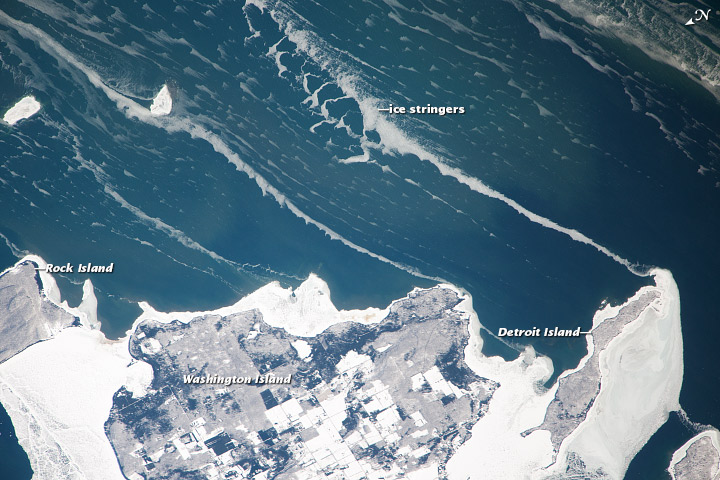 Ice stringers, Lake Michigan - related image preview
