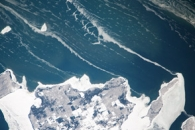 Ice stringers, Lake Michigan