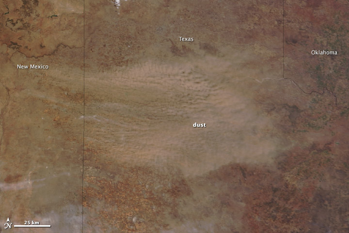 Dust Storm Blows Across Texas