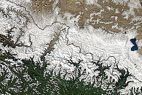 Blizzard in Nepal - selected image