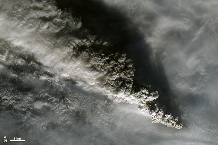 Plumes from Pavlof Volcano - related image preview